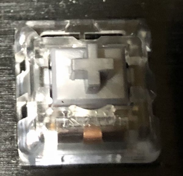 【ゲーミングキーボード】銀軸の特徴
