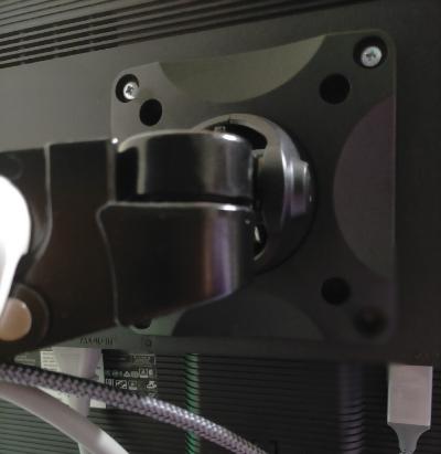デュアルモニターとモニターアームの取り付け方法
