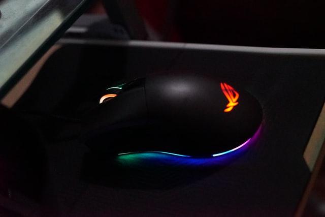 ゲーミングマウスパッドをFPSにおすすめする理由
