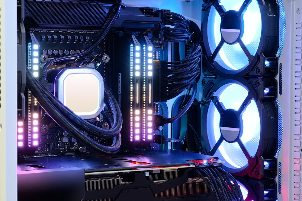 排熱性能や拡張性の面でもデスクトップの方が優秀